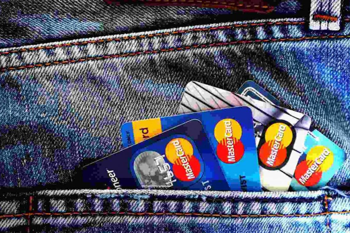 Какими банковскими картами выгоднее всего пользоваться в Крыму